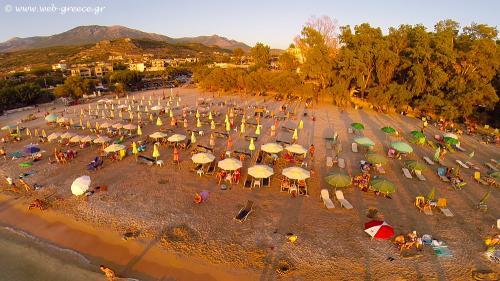 kalogria beach stoupa messinia